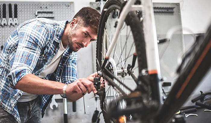how to fix squeaky brakes on a bike