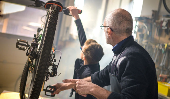 how to adjust v brakes on a mountain bike
