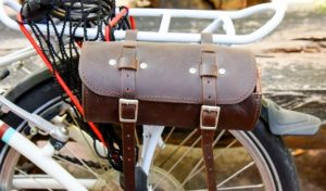how to prevent side pannier bag on bike wheel