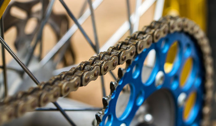 how to tighten mountain bike chain
