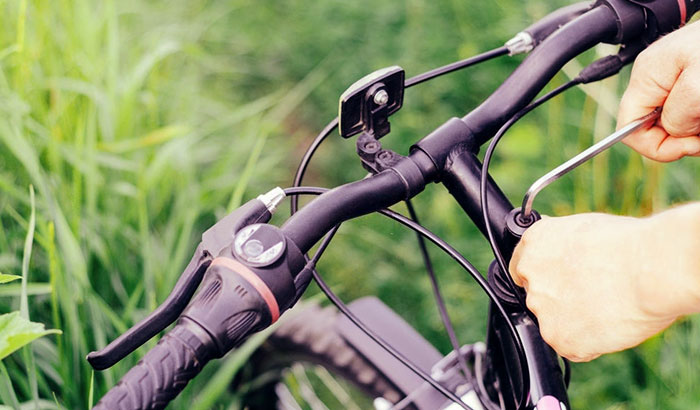 how to adjust road bike handlebars